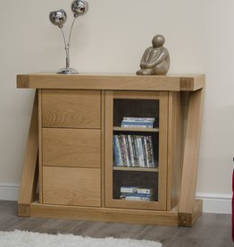 Z Designer Solid Oak Small Glazed Chest