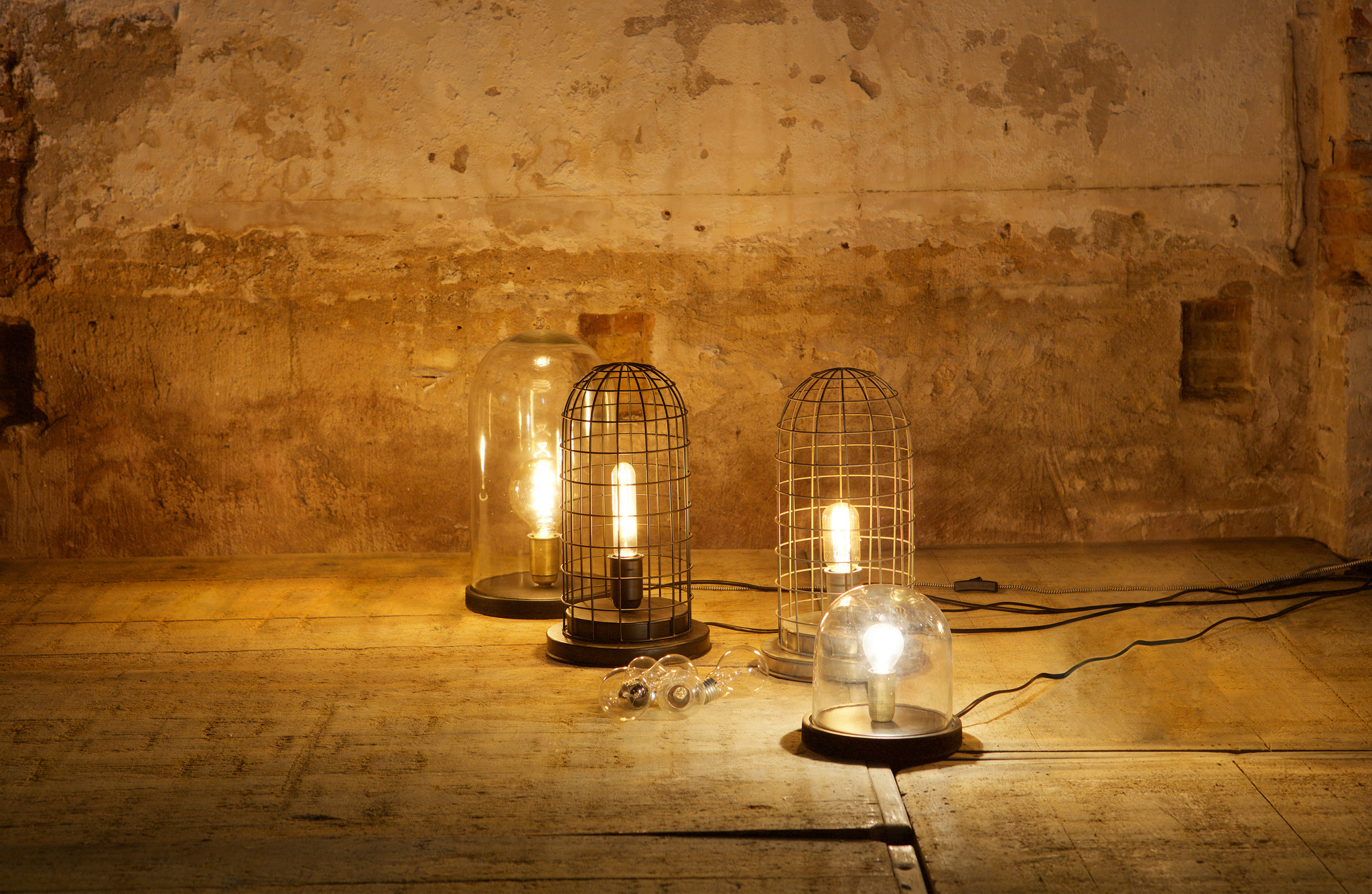BePureHome Cover Up Table Lamp Box