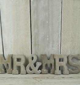 MR & MRS Letter Set