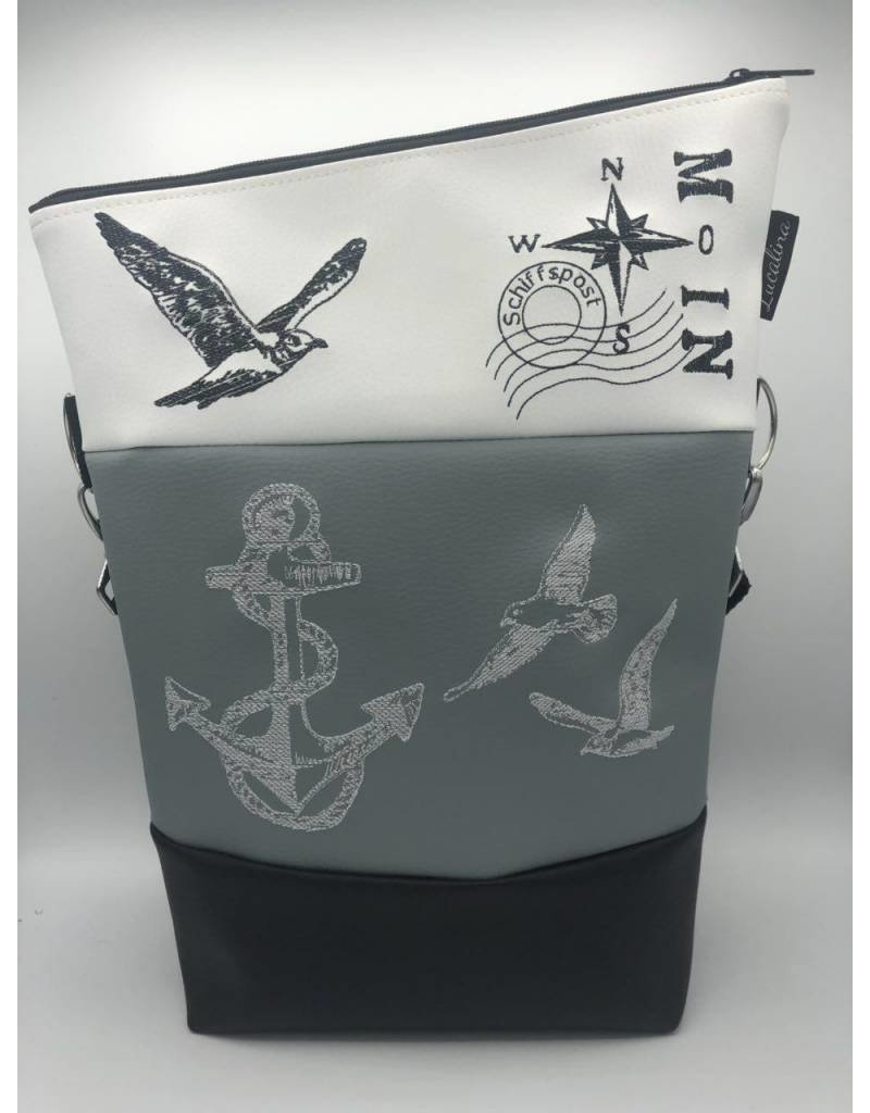 Foldover Maritime Seagulls