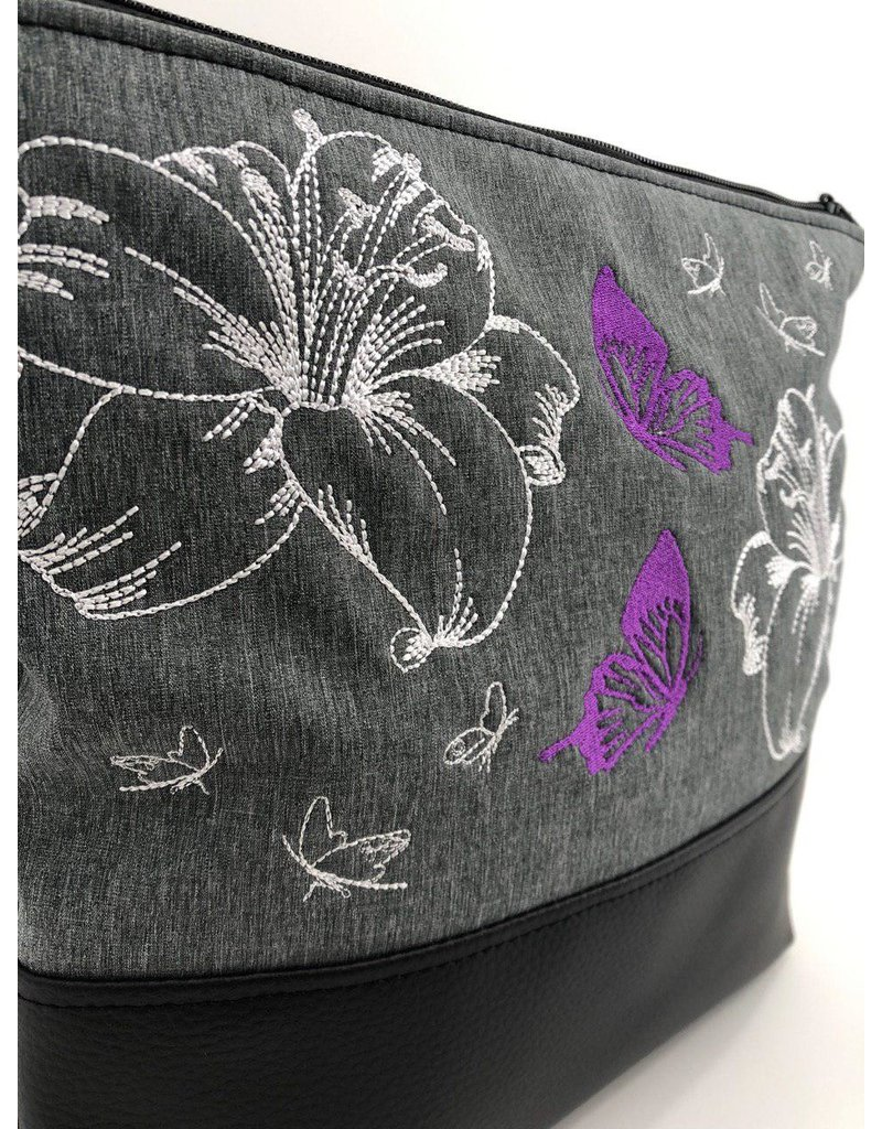 Milow Weiße Lilien mit lila Schmetterlingen