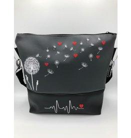 Milow Pusteblume mit roten Herzen und EKG