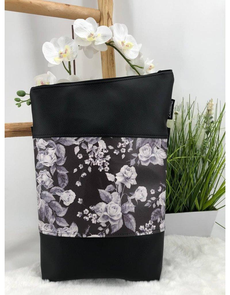 Foldover Weiße Blumen auf schwarz