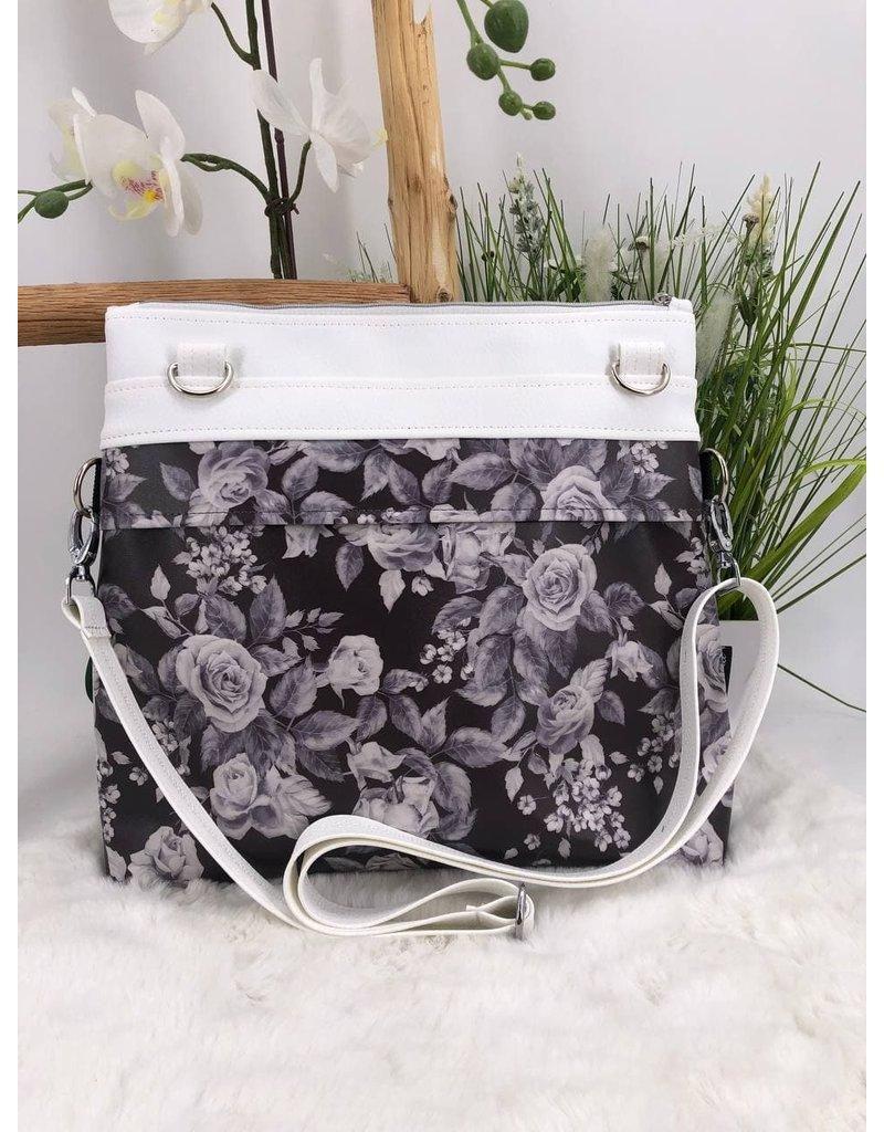 Frühlingsliebe Weiße Blumen auf schwarz
