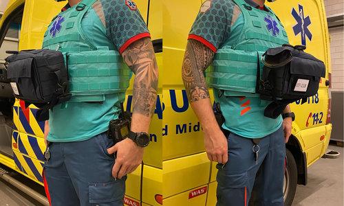 Beschermende vesten en TGB tassen voor Ambulance Gelderland