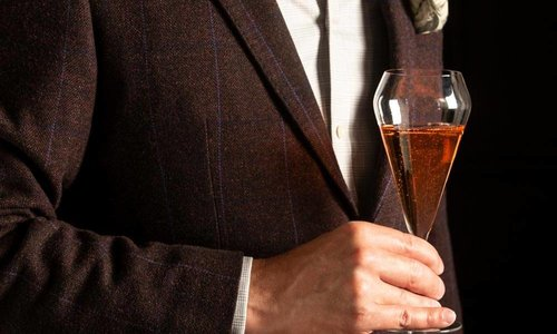 Do Champagne Glass Really Make a Difference?