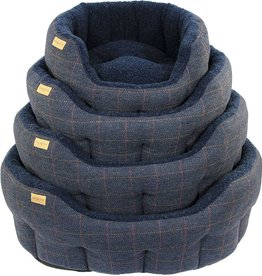 Earthbound Traditional Tweed Bed, Navy