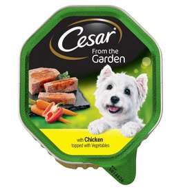 Cesar Adult Dog Food Garden Selection Tray, Chicken topped with Veg 150g