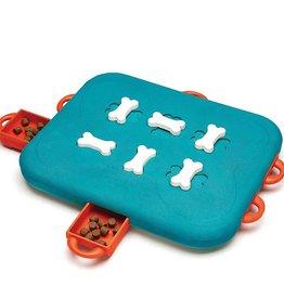 Nina Ottoson Puzzles & Games, Dog Casino