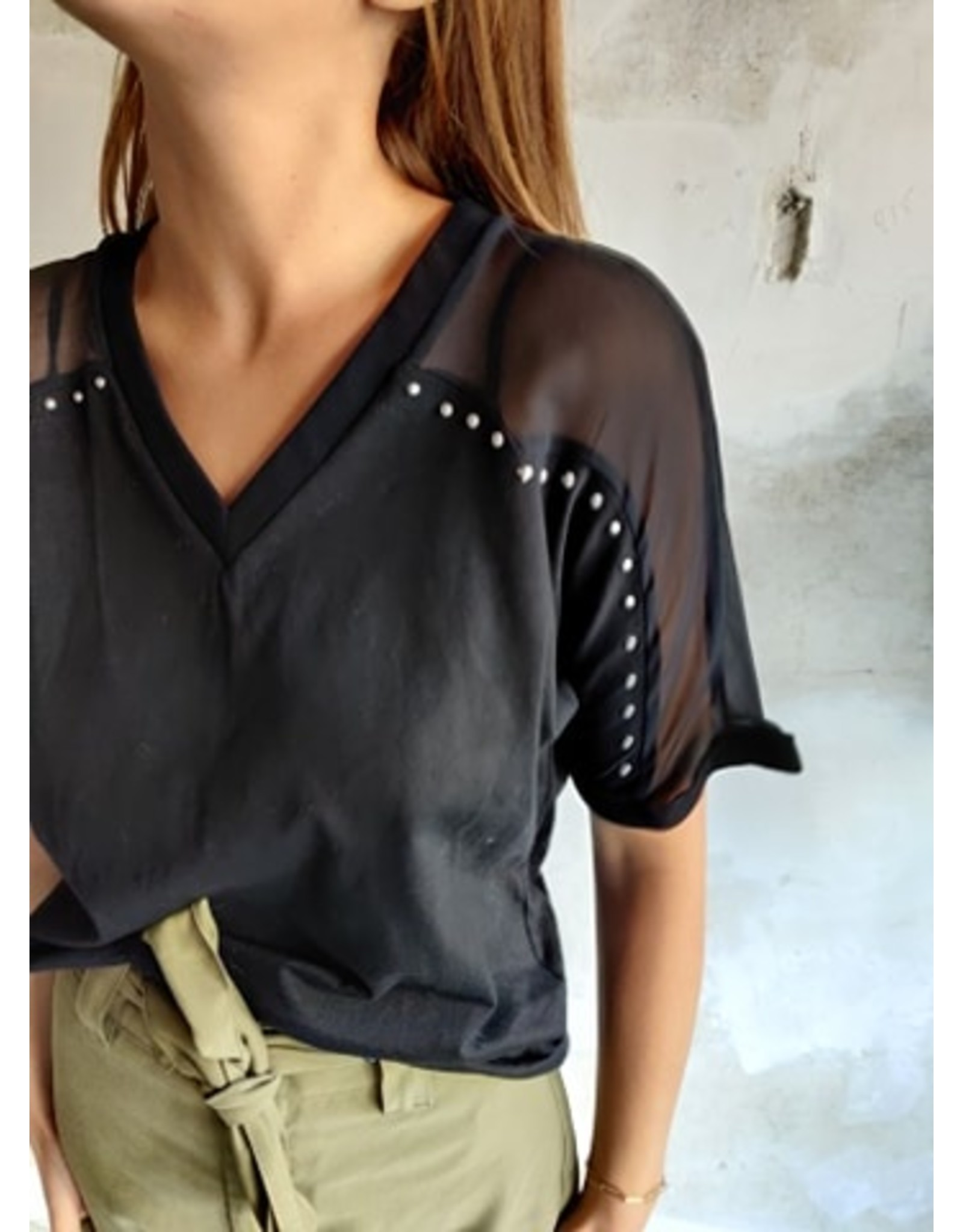 STUDDED SHIRT BLACK