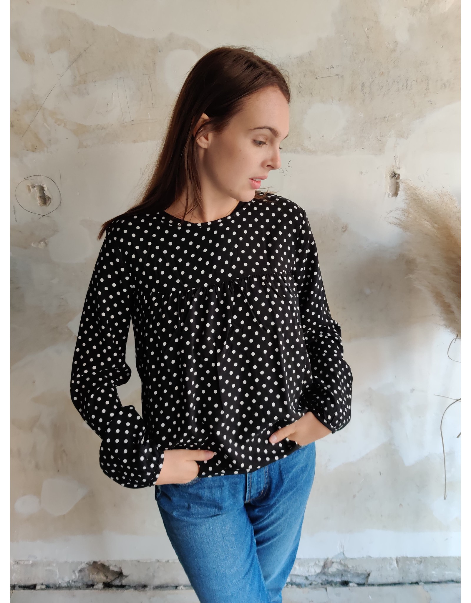 ENZO POLKA BLOUSE BLACK