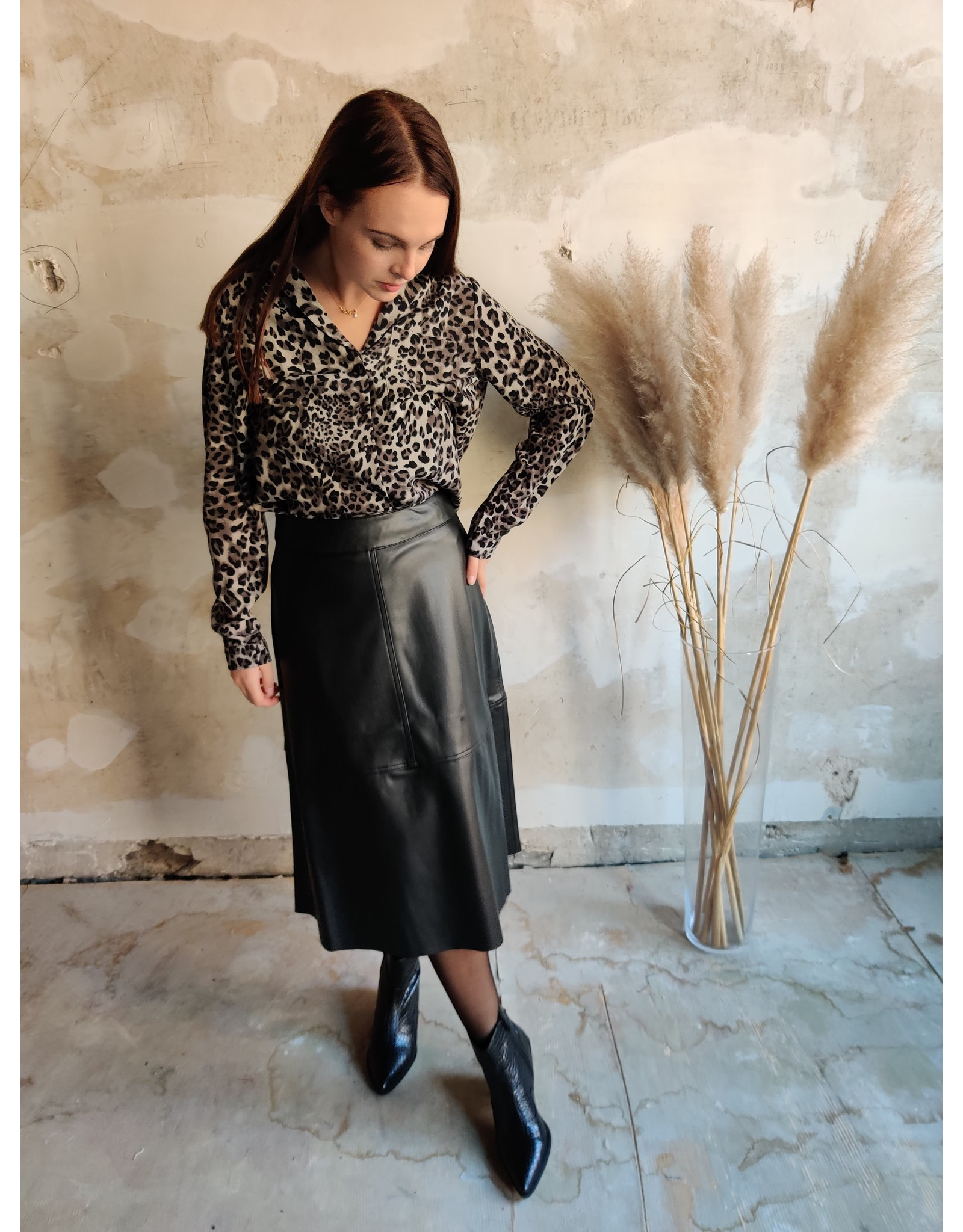 LAURA LEO SHIRT BLACK