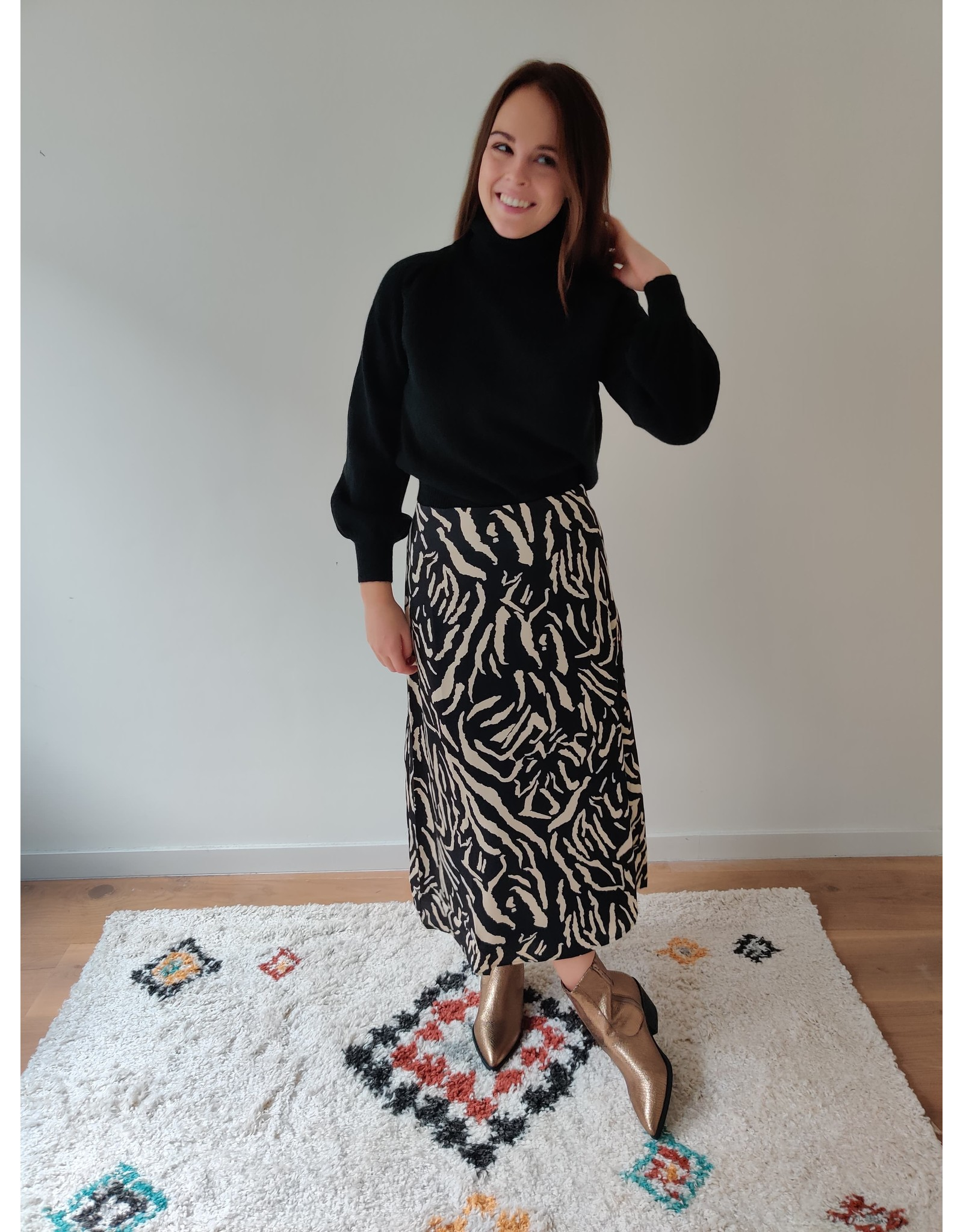 FAYE SKIRT BLACK TIGER
