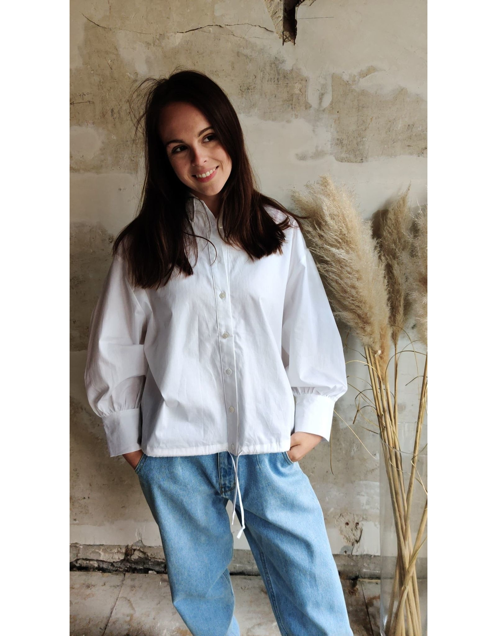 LISA BLOUSE WHITE