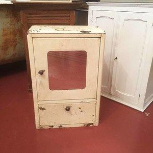Antique Medicine Cabinet Blanc