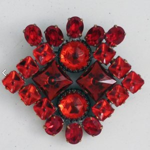 Strassbroche Cluster Rood