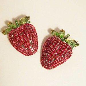 Strass Brooch Strawberry