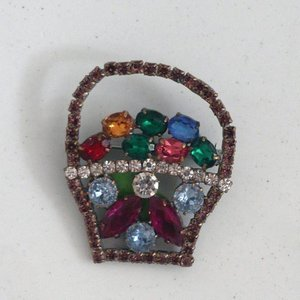 Strass Brooch Pink Basket
