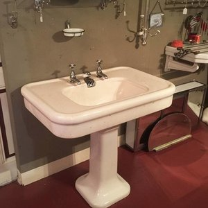 Antique Basin Porcher