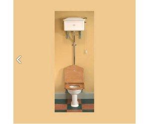 Ouderwetse Stortbak Toilet : Toilet met hooghangende stortbak van porselein affaire deau