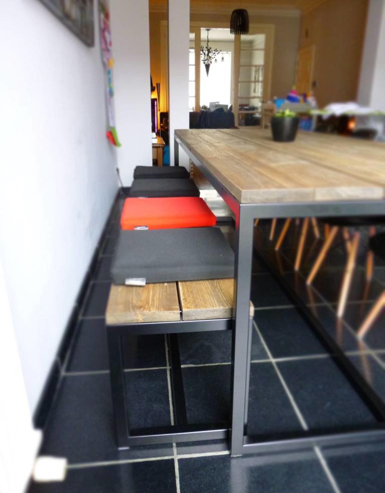 Thinkstyle Ferre bank voor aan tafel - gebruikt steigerhout