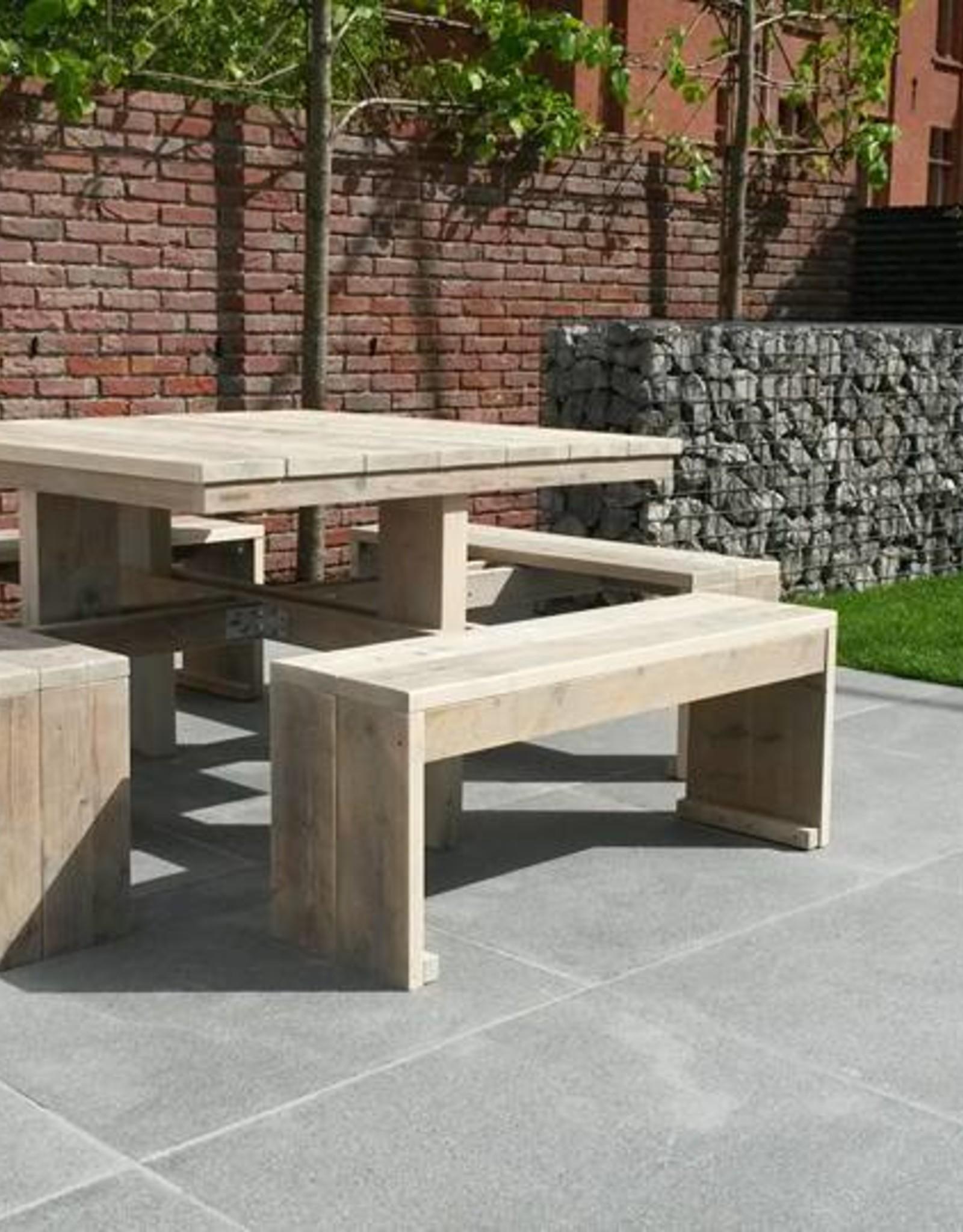 Thinkstyle Tuintafel met 4 banken aan vast - gebruikt steigerhout