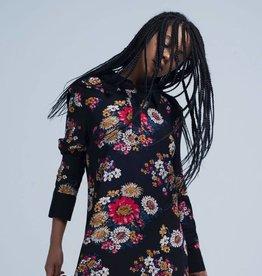 Fashion - Black shirt dress with flowers L