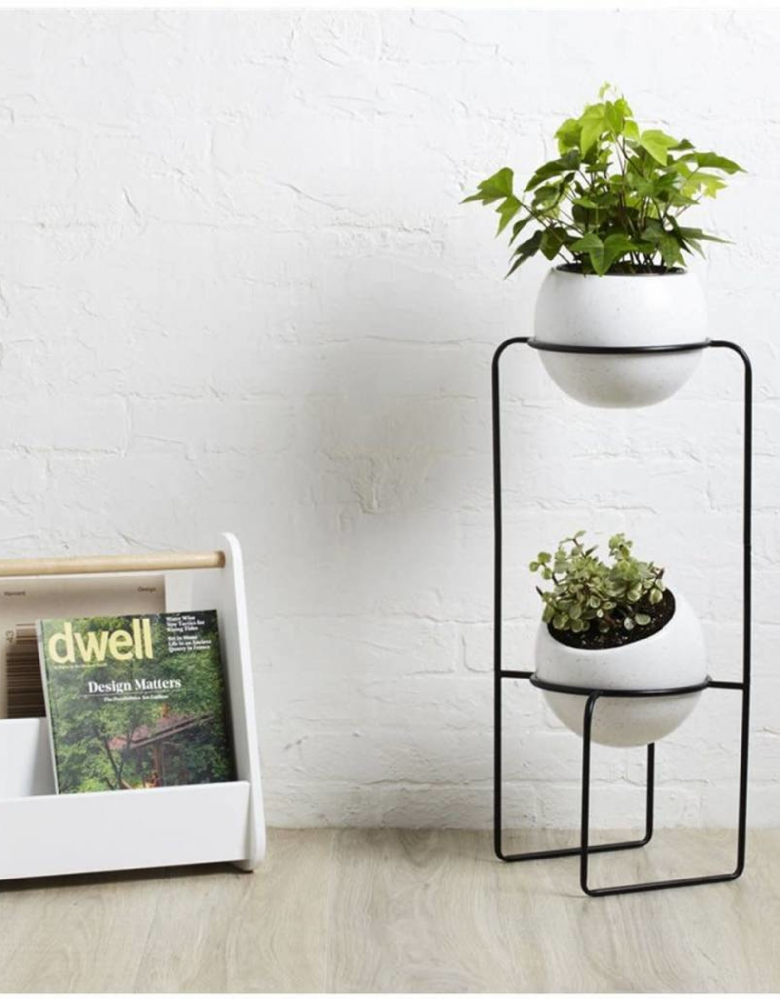 Umbra Umbra - Nesta Tiered planter wht