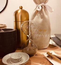 Madam Stoltz Madam Stolz -  Hourglass - w/light brown glass - 15 min