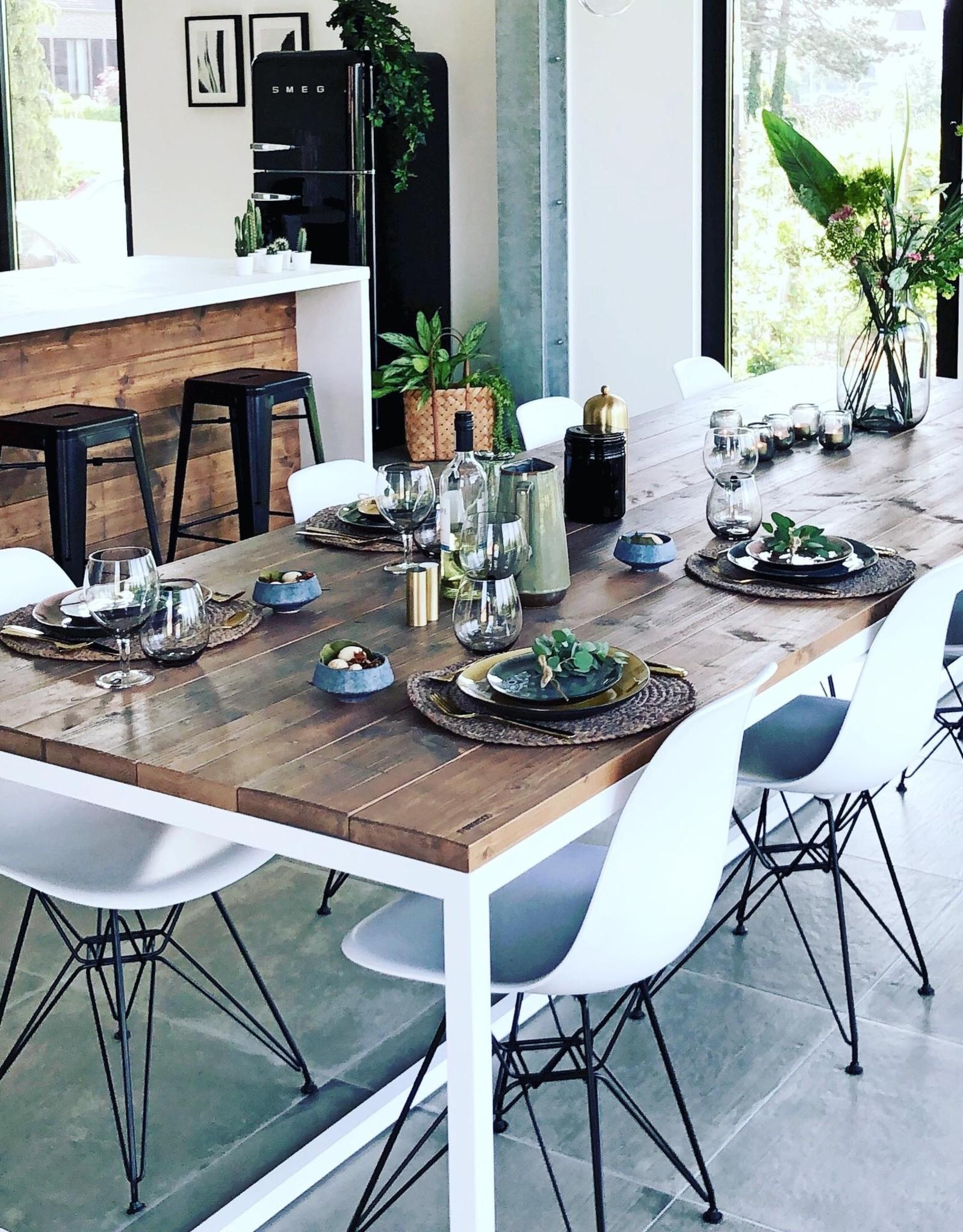 Thinkstyle Ferre tafel - gebruikt steigerhout maatwerk