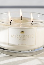 Moments of light Moments - Golden moments - Love conquers all