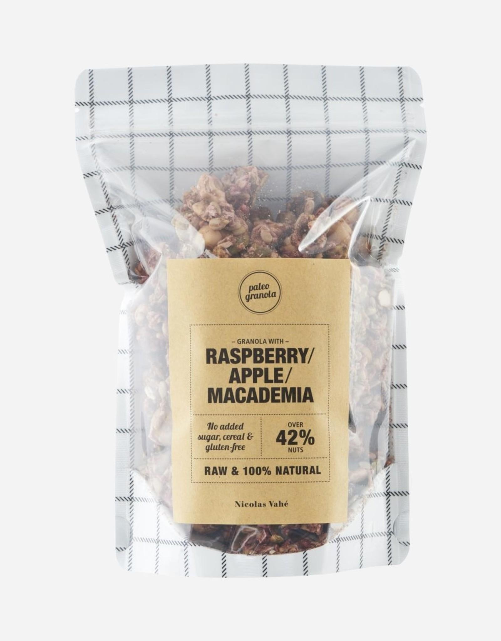 Nicolas Vahé Nicolas Vahé - Granola w. Raspberry, apple and macadamia
