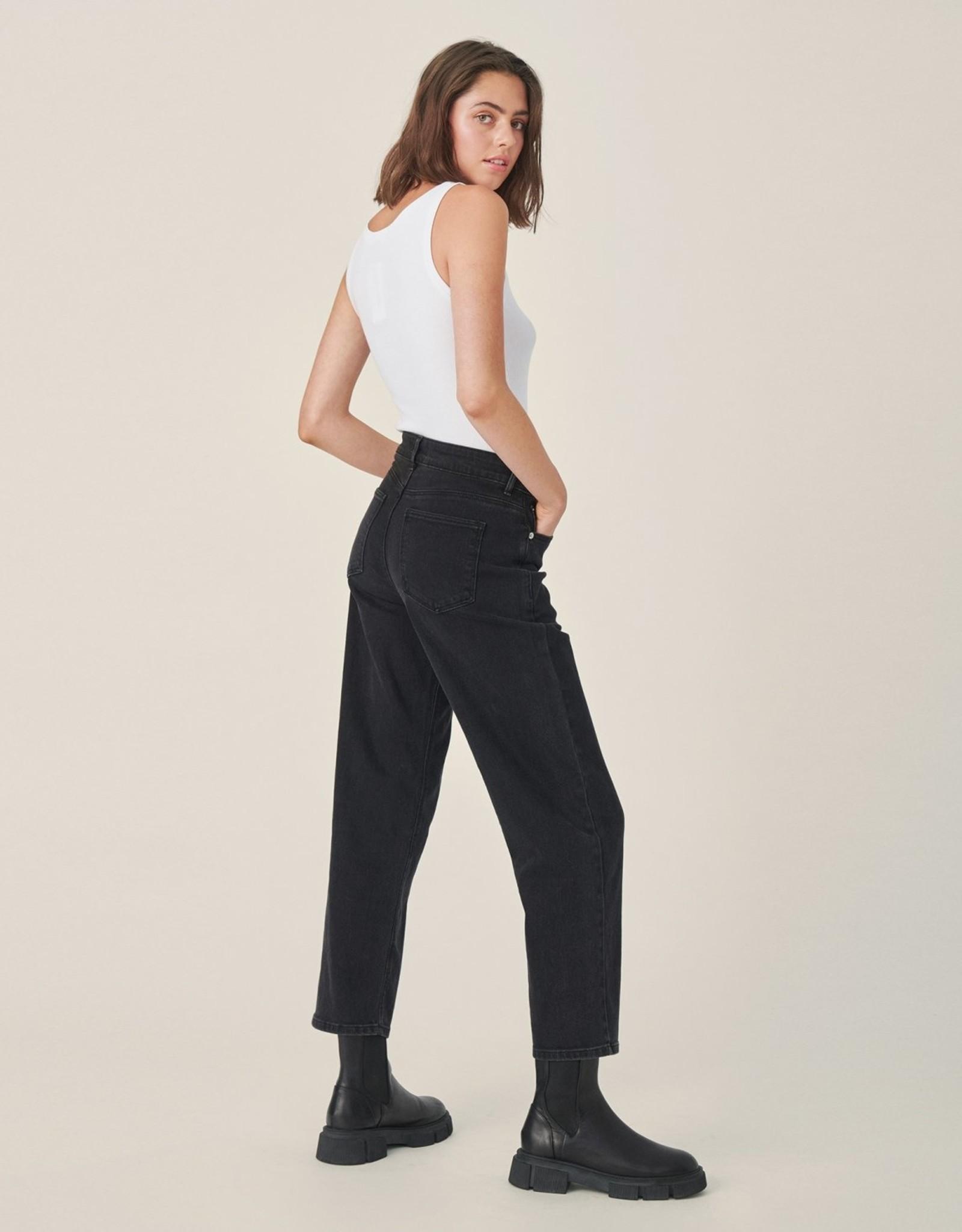 Moss Copenhagen MSCH - Eike Rikka ankle jeans - black