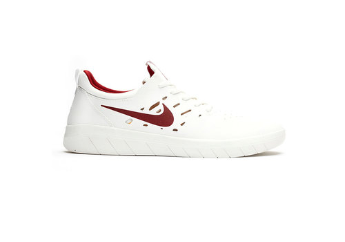 Nike SB Nike Sb Nyjah Free - Summit White/Crimson