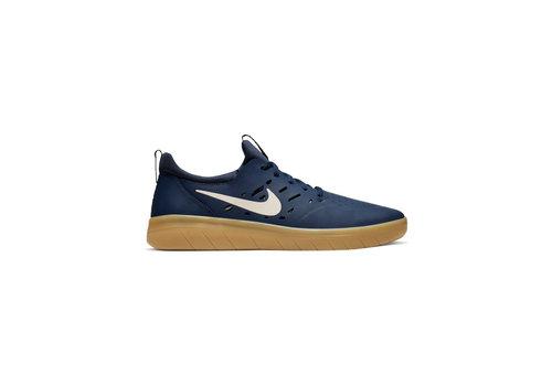Nike SB Nike Sb Nyjah Free - Navy/Gum