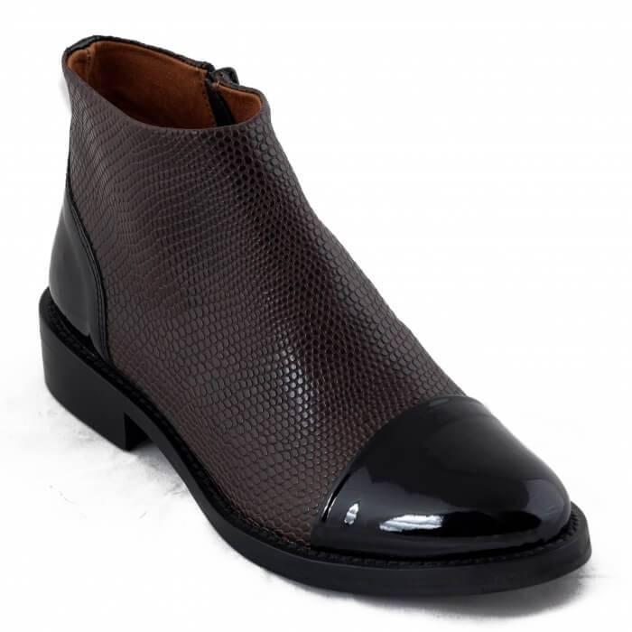 NAE vegan shoes Enkellaars Lorena Brown