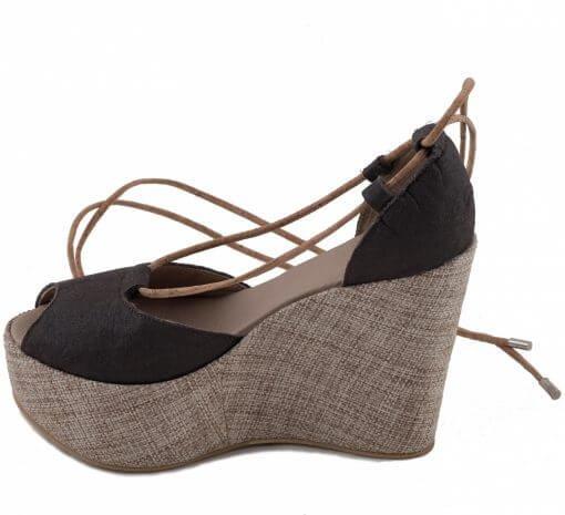 NAE vegan shoes Vegan pump Mireia piñatex