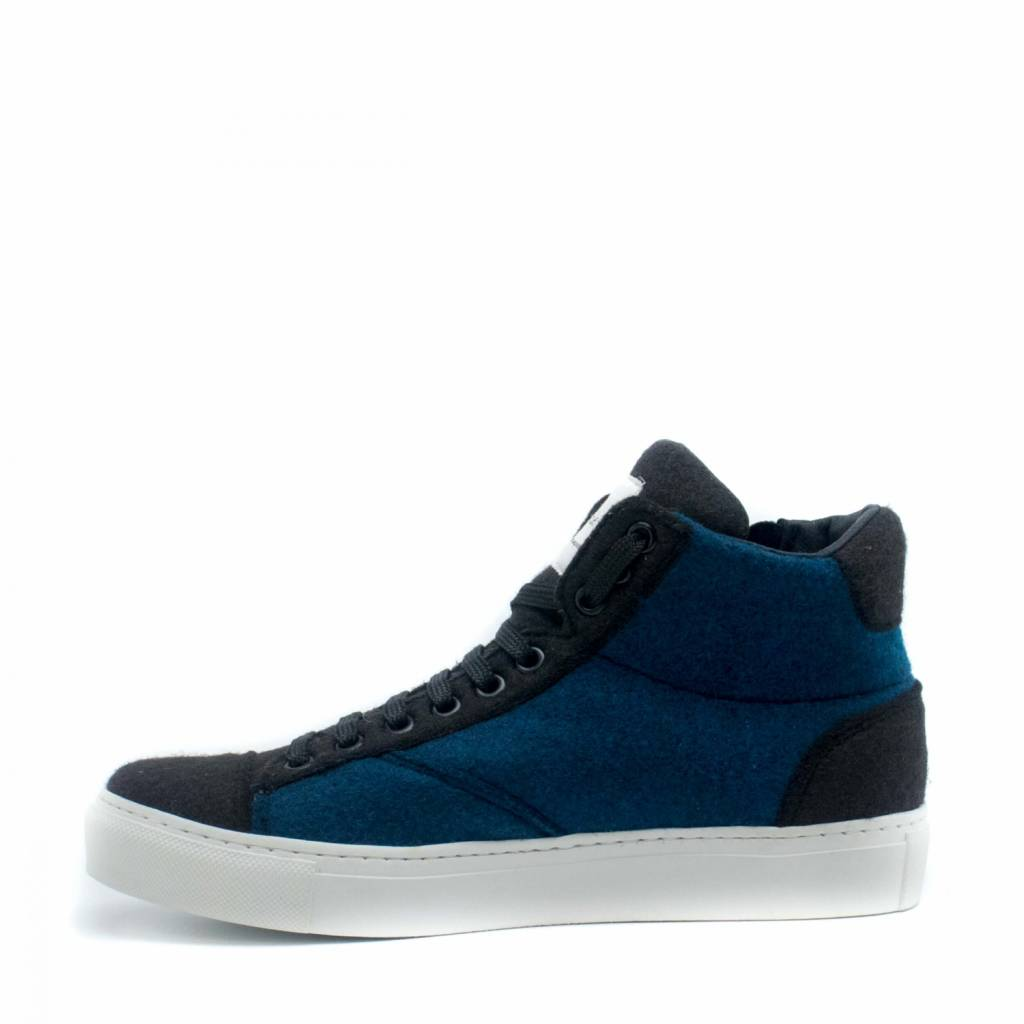 NAE vegan shoes Enkelsneaker Milan blauw Re-Pet