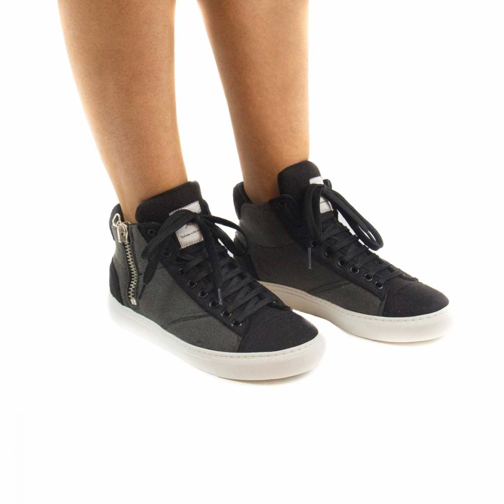 NAE vegan shoes Enkelsneakers Milan Grijs Re-Pet