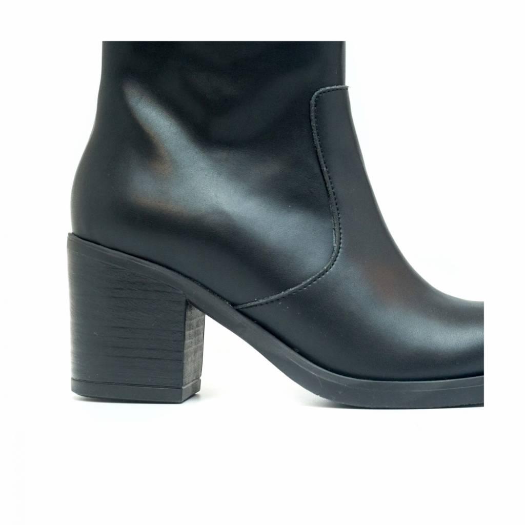 NAE vegan shoes Laars zwart met hak Andrea