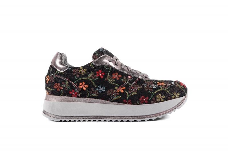 Risorse Future  Sneaker Asia flowers black