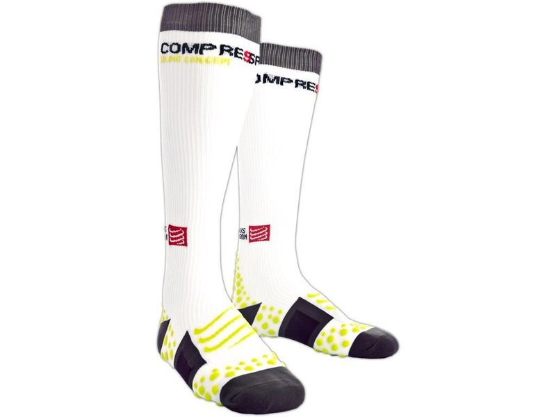 Compressport Full Socks 3D.DOTS - weiß