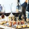 Hoe beschrijf je wat je in de rode of witte wijn proeft?