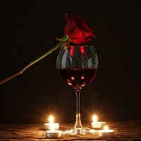 Valentijnscadeau inspiratie: 7 originele ideeën met wijn