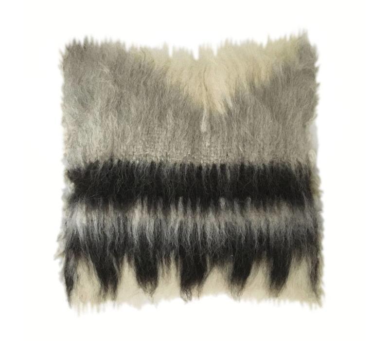 Cushion 100% wool triangle 50x50