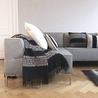 Bark stripe cotton black throw (NEW)