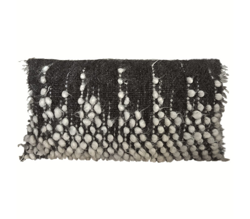 Drops rectangle cushion black 40x70
