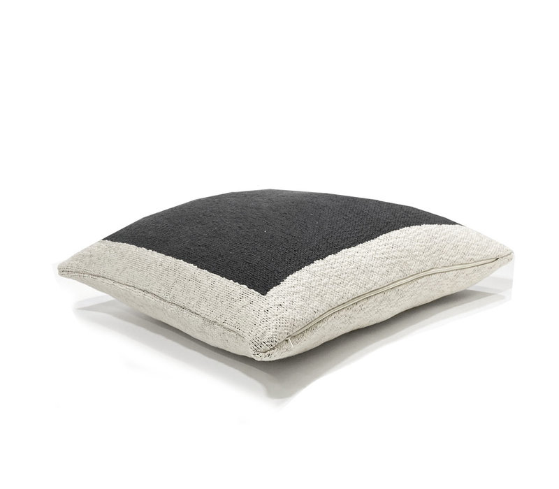 Solid knitted poster cushion black (NEW)
