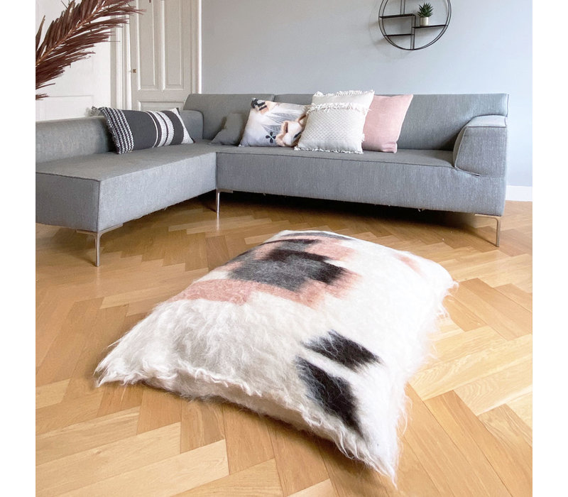 Floor cushion 100% wool rose 90x90