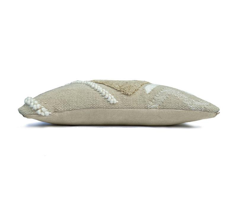 Wonder cushion cocoon beige